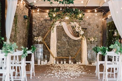 wedding corsages saskatoon - Victorian Diamond Events
